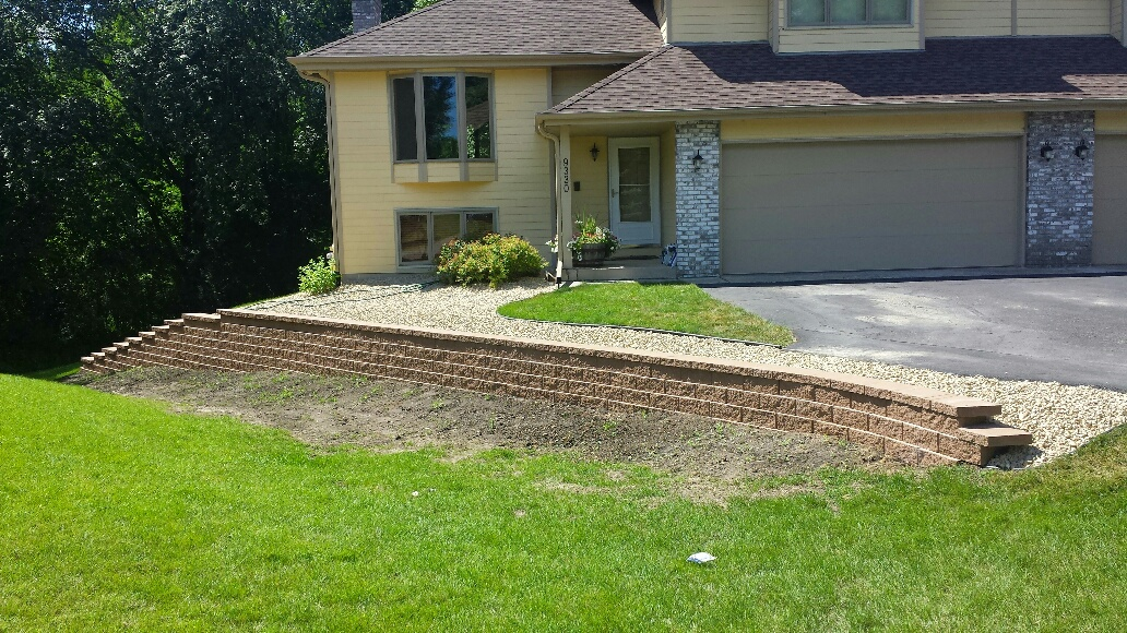 retaining walls chanhassen